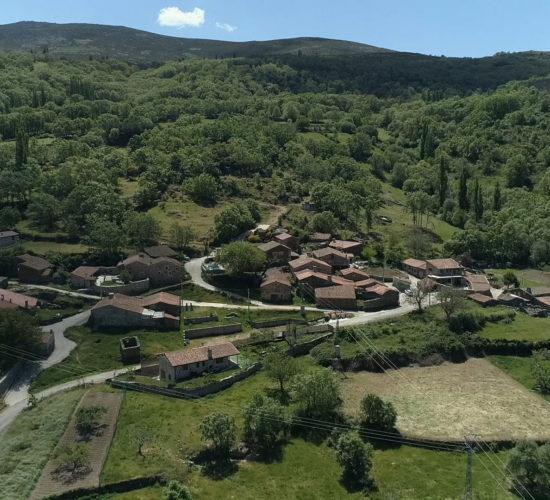 Vista casas montaña Rehoyo higuera